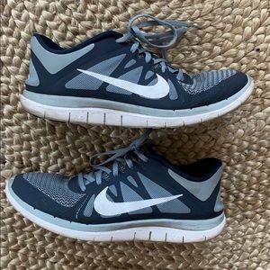 Men's Nike Free 4.0 Sneakers